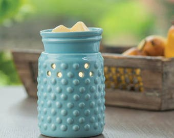 Hobnail Midsize Fragrance Warmer