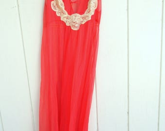 Vintage Kayser USA Coral Chiffon Long Gown Nightgown Nightie Lingerie Size Medium