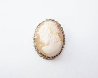 Stunning 1940's Unmarked Gold Filled Oval Shaped Genuine Carved Shell Woman Silhouette Cameo Brooch And Pendant