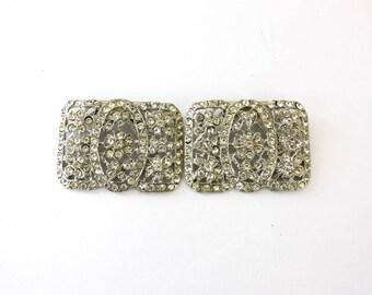 Vintage 50s Rhinestone Shoe Clips Large Formal Silvertone Metal w Floral Design Clear Sparkling Rhinestones