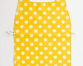 Waterproof Apron - Primary - Yellow Dots