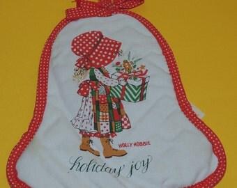 HOLLY HOBBIE Holiday Joy Pristine Pot Holder