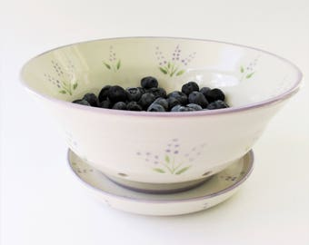 Berry Bowl with tray, Pottery Berry Bowl, Lavender Floral Berry Bowl, Ceramic Berry Bowl, Stoneware Berry Bowl, Fruit Bowl, Ceramic Colander