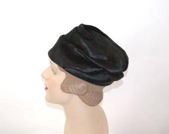 1960s hat Dana Marte' black velvet hat French designer pleated folded Size 21