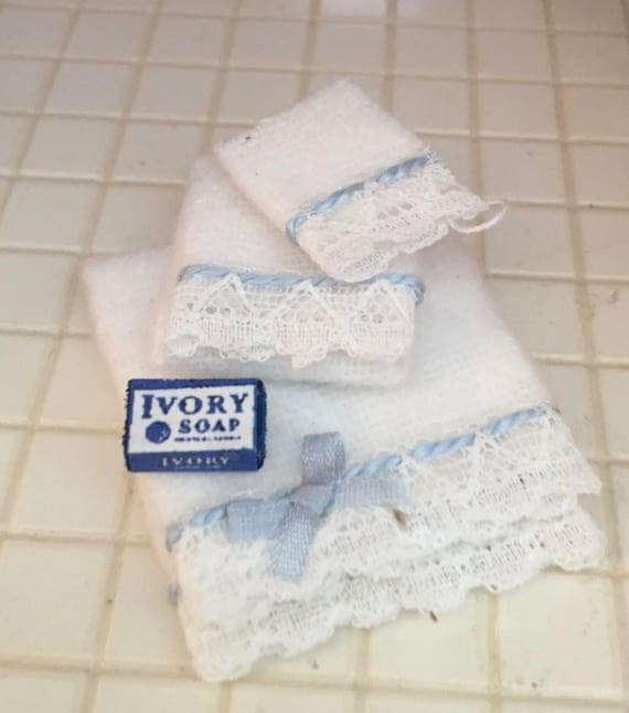 Miniature towels and Ivory Soap Set, White Towels, Blue Bow and LaceTrim, Dollhouse Miniature, Dollhouse Accessories, Decor, Mini Towels