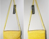 Vintage Yellow Crossbody Straw Purse // Straw Handbag // Beach Bag