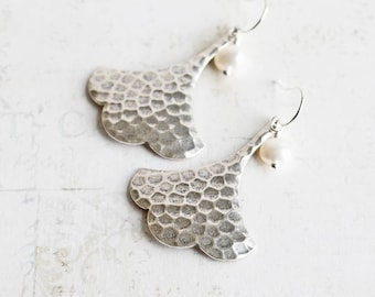 Antiqued Silver Plated Ginkgo Leaf Earrings with White Freshwater Pearl
