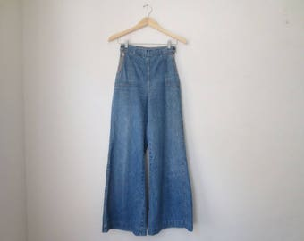 Incredible Vintage '70s High Waisted Sailor Style Side Zip Bell Bottoms / Jeans, 25 x 29