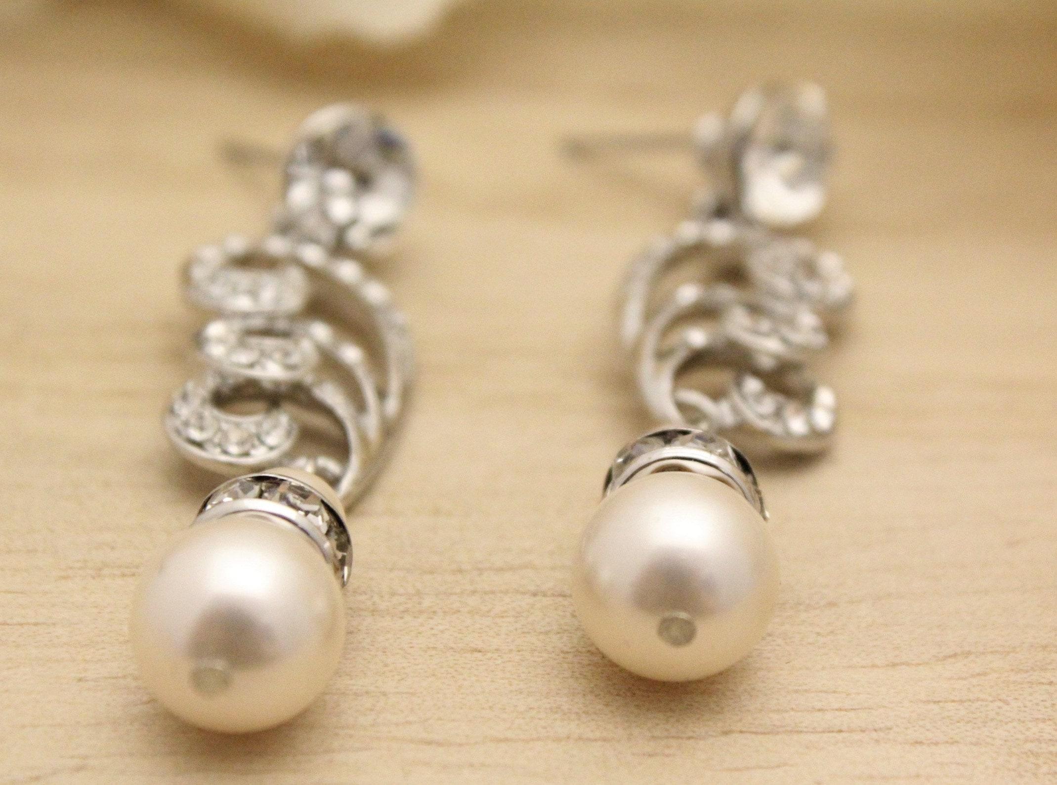 Wedding earrings brides studs bridal earrings pearl chandelier wedding earrings brides studs bridal earrings pearl chandelier earrings bridesmaid earrings crystal bridal earrings bridesamid earring gifts arubaitofo Images