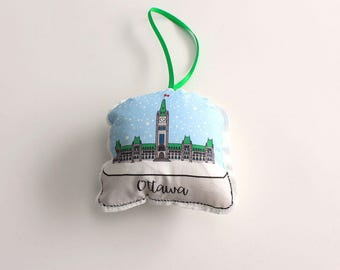 Ottawa parlement snow globe ornament: plush ornament- Canadian ornaments