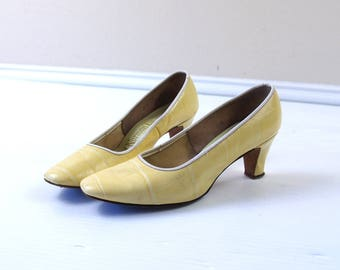 vtg 60s YELLOW faux reptile MOD HEELS 6 space age twiggy go go shoes pumps dolly stewardess