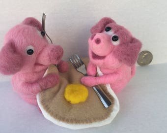 PIGS 'N A BLANKET  Needle felted
