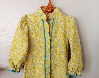 60s Floral Dress // GIRLS Yellow Prairie Tunic TOP // 28 inch bust Childrenswear SIZE 10