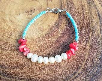 Freshwater Pearl and Shell Bracelet with Light Blue Beads