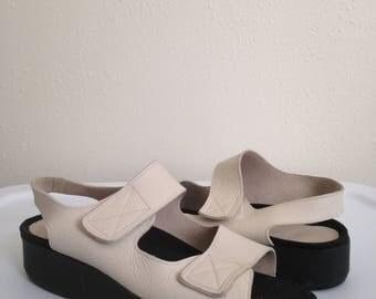 90s Minimalist Leather Flatform Comfort Shoes Women's US 9.5