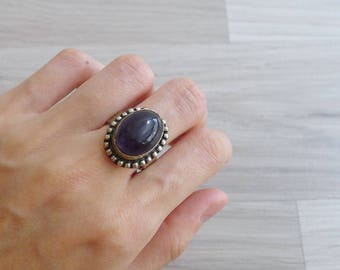 Vintage 70's Deep Purple Gemstone Oval Hippie Silver Ring (Adjustable)
