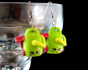 "Dangle Toy Earrings with ""Vicky Vac"" Shopkins"