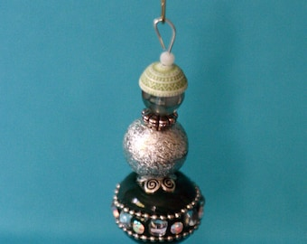 Snowman Christmas ornament, handmade, beaded ornament, winter, green, silver, package decoration, hanging snowman, round beads, sparkly