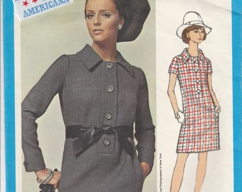60s Designer Dress Pattern Vogue Americana 1872 Size 8 with Label
