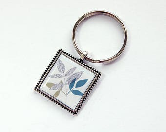 Leaves keychain, key ring, stocking stuffer, keyring, Key chain, keychain, key ring, gift under 10, gift for her, gift for him (7785)