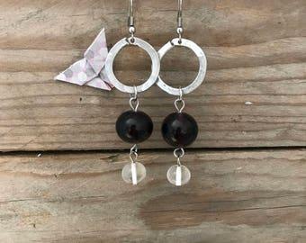 round dangle glass earrings