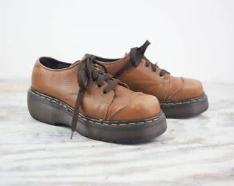 Size 7.5, Dr. Martens Lace up Shoes, Distressed Brown Leather Uppers, Rubber Soles (Women's US Size 7.5, UK Size 5)