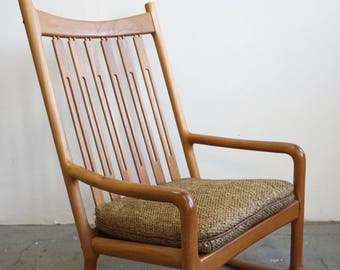 Danish Modern Rocking Chair By Hans Olsen For Juul Kristensen