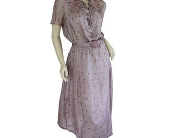Vintage 1930s Day Dress / Shirtwaist / Silk Print / Mauve / Purple / S/XS