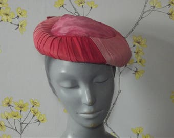 Vintage 1950s Pink Cocktail Hat With Velvet Top Various Shades of Pink Ombre Hat Pink Pleated Hat