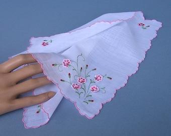 Pink Carnation Flowers / vintage hanky  / pink scalloped edges / handkerchief