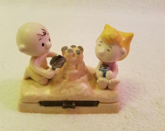 Very RARE Charlie Brown and Sally Ceramic Container UFS, 1950s