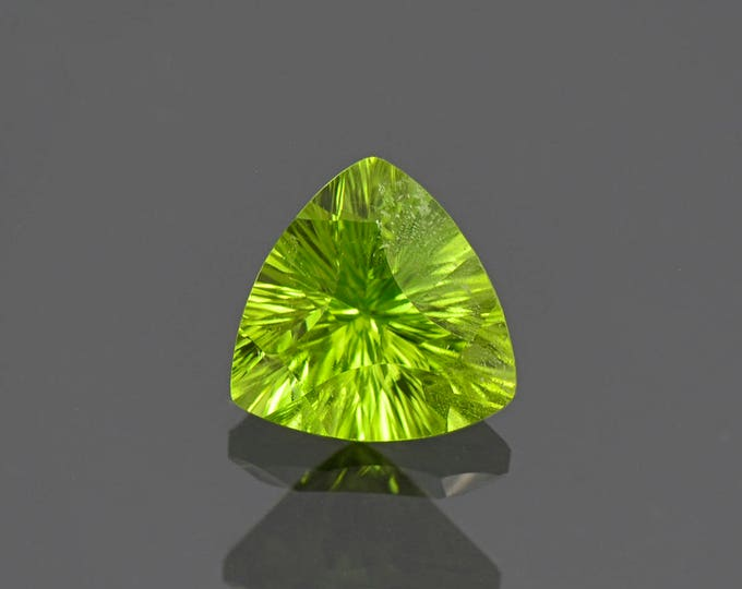 Fine Lime Green Peridot Trillion Gemstone from Pakistan 2.85 cts.