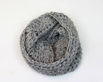 Chunky Knit Infinity Scarf Wool Circle Scarf | THE VIENNA in Earl Grey