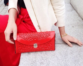 Clutch purse / red vegan clutch / standout unique design / sustainable fashion accessory / feel good fashion / a lovely compliment