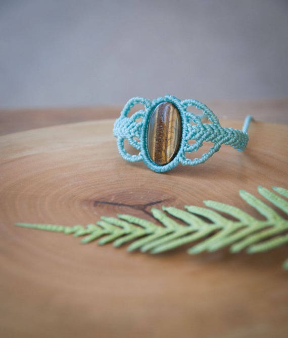 Small tiger eye bracelet