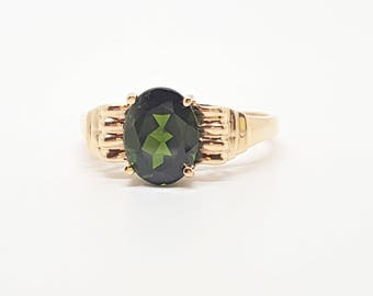 2.20ct Russian Chrome Diopside 10kt Yellow Gold Ring