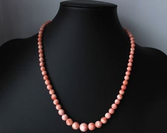 1950s Natural pink salmon coral necklace graduated 10.25 mm to smaller 5.5 mm