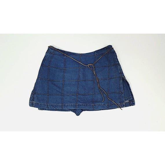 90s Vintage Denim Blue Jean Mini Skort Medium Miniskirt Shorts - 1990s Fashion Shorts Under Mini Skirt - Classic Basic Neutral Grunge