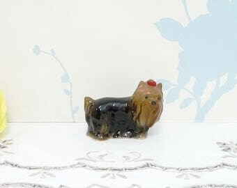 Yorkie Dog Figurine, Yorkshire Terrier Ornament, Yorkie Ornament, China Dog, Brown and Black, Ceramic, niknak, hand painted, housewares, 01