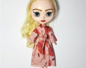 Blythe (and small Azone Pure Neemo) poppy Liberty print kimono-style dressing gown/bath robe