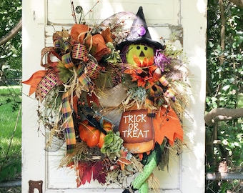 Large Halloween Wreath, Halloween Door Decor, Halloween Wreath, Wreath with Witch, Pip Berries, XL Wreath, Halloween Porch Decor, Handmade
