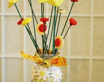 Daisy Button Bouquet