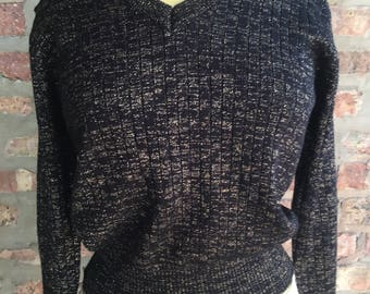 1970s Black and Gold Metalic Knit Pullover Sweater Size L