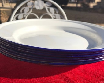 Set of 6 Enamel Camp Plates/White with Dark Blue Rim/Cabin/Rustic/Country Cottage/Glamping/RV/Picnic/Farmhouse/9.5 inches diameter