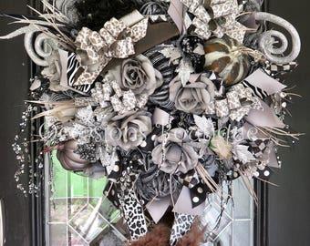 Halloween Wreath, Fall Wreath, Black and Silver Wreath, Halloween Party Decoration, Front door Wreath, Door Hanger, Witch Wreath