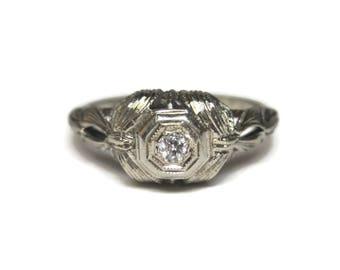 Antique 1920s 18K White Gold Diamond Ring Size 6.5