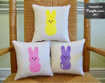 Easter pillow, Peeps pillow, Bunny pillow, Spring pillow, Easter decor, burlap pillow, stenciled pillow, Easter decorations, FREE SHIPPING!