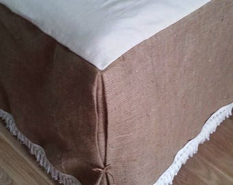 Rustic Bedskirt - Bed Skirt with Fringe - Burlap Bedskirt - Burlap Bedding - Bedskirt - Farmhouse Bedskirt - Burlap Valance  - Queen Size
