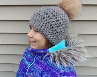 ALREADY MADE -- Teen/Adult -- Ready to ship -- Thick wool winter woman's hat! Winter hat with faux fur pom pom!