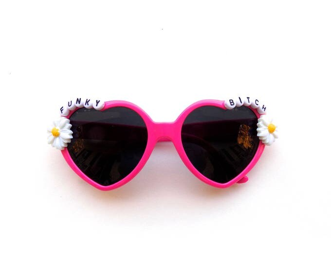 """Phish """"Funky Bitch"""" heart-shaped sunglasses with daisies, Phishy embellished sunglasses, funky shades for Phish NYE!"""